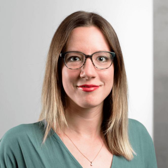 Portraitfoto Christa Gebhard, Wirtschaftsförderung Region Stuttgart, Welcome Service